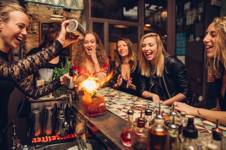 bachelorette party mixology classes Las Vegas